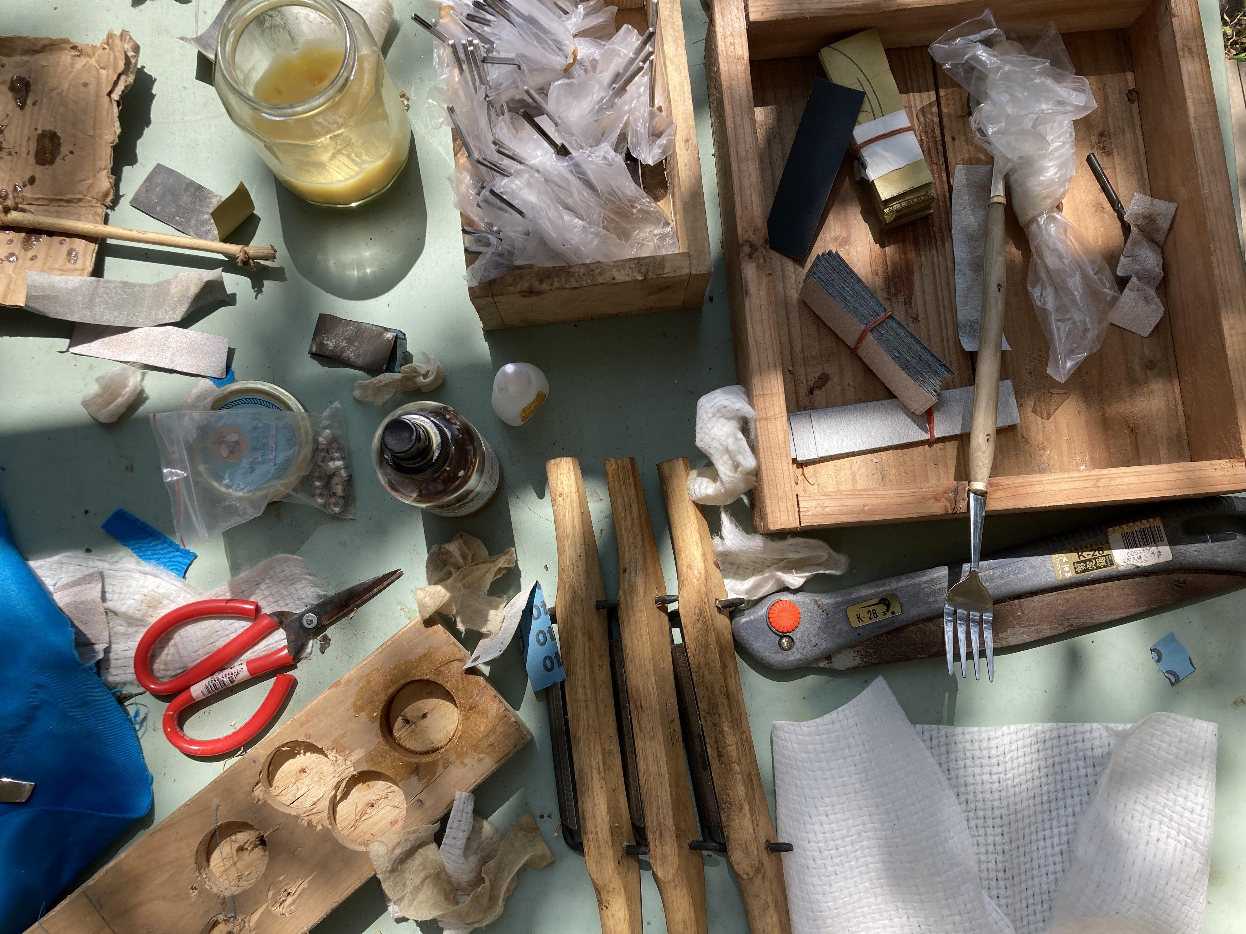 圖七:實作廢棄木餐具的各項工具/攝影:宗洧