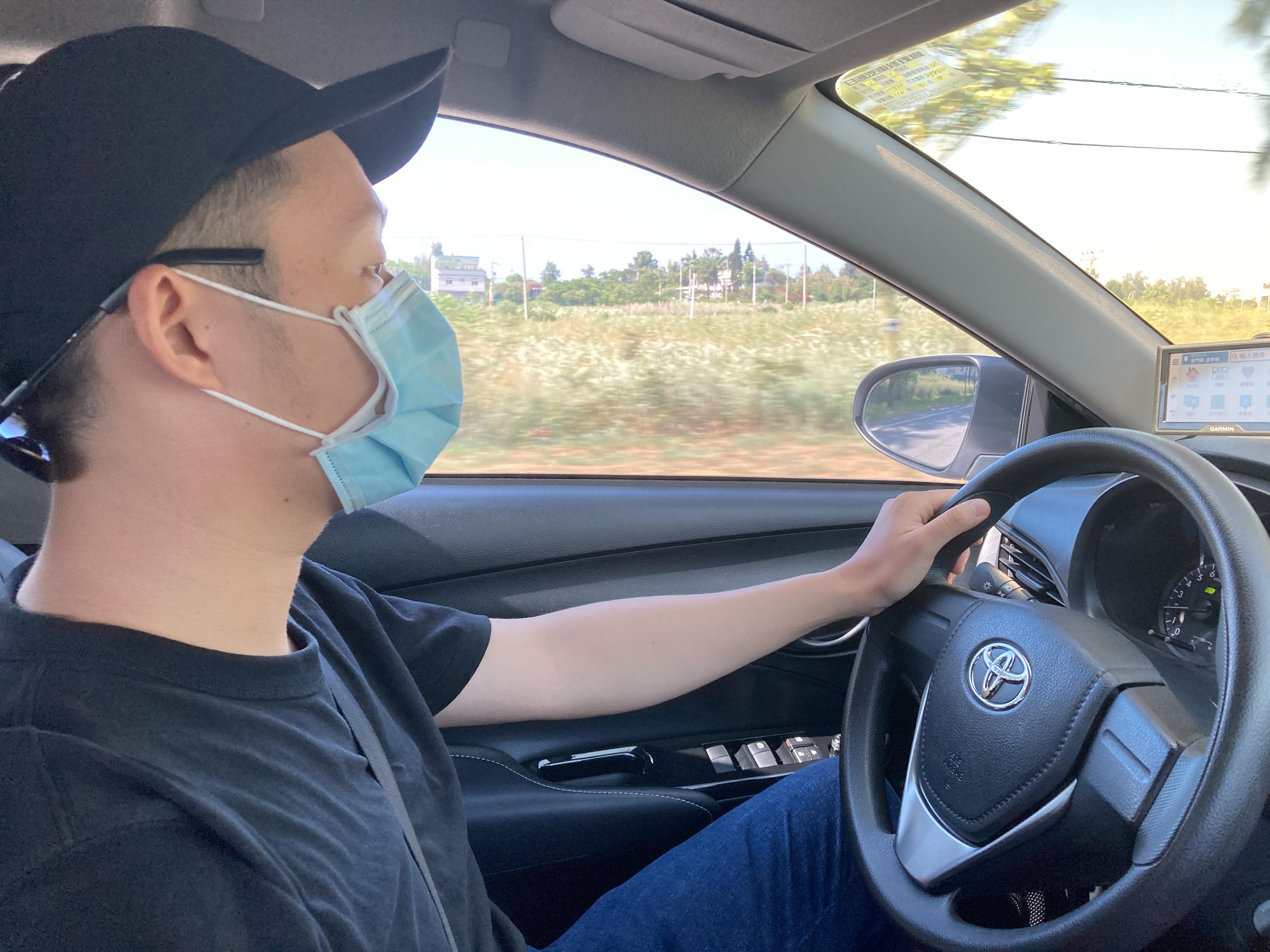 (圖一:花田開車帶我們去他在 Google Map 上標註的海灘/攝影:宗洧)