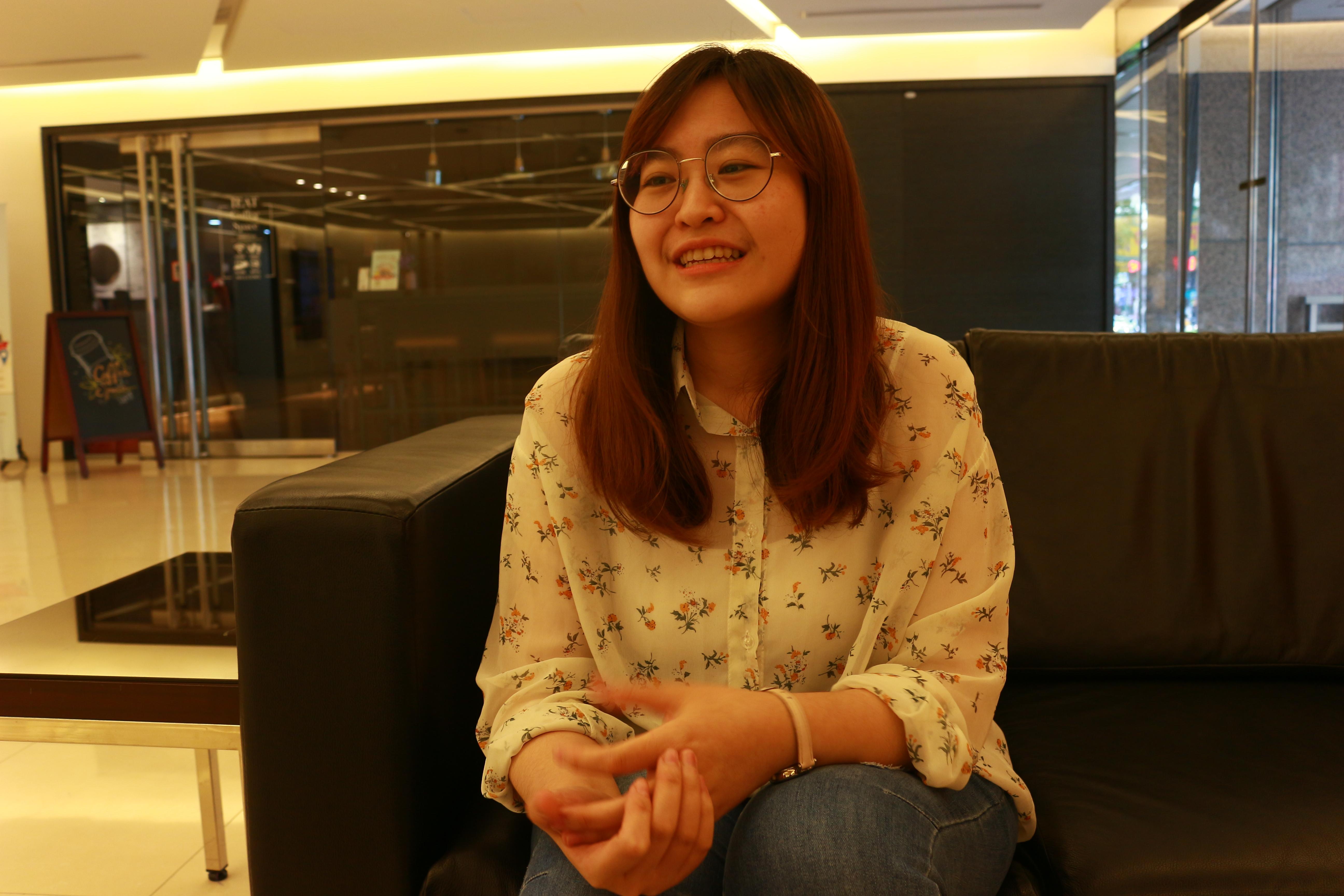 (圖四)現任高中公民老師的沈鈺琪,分享第一天所學心得。