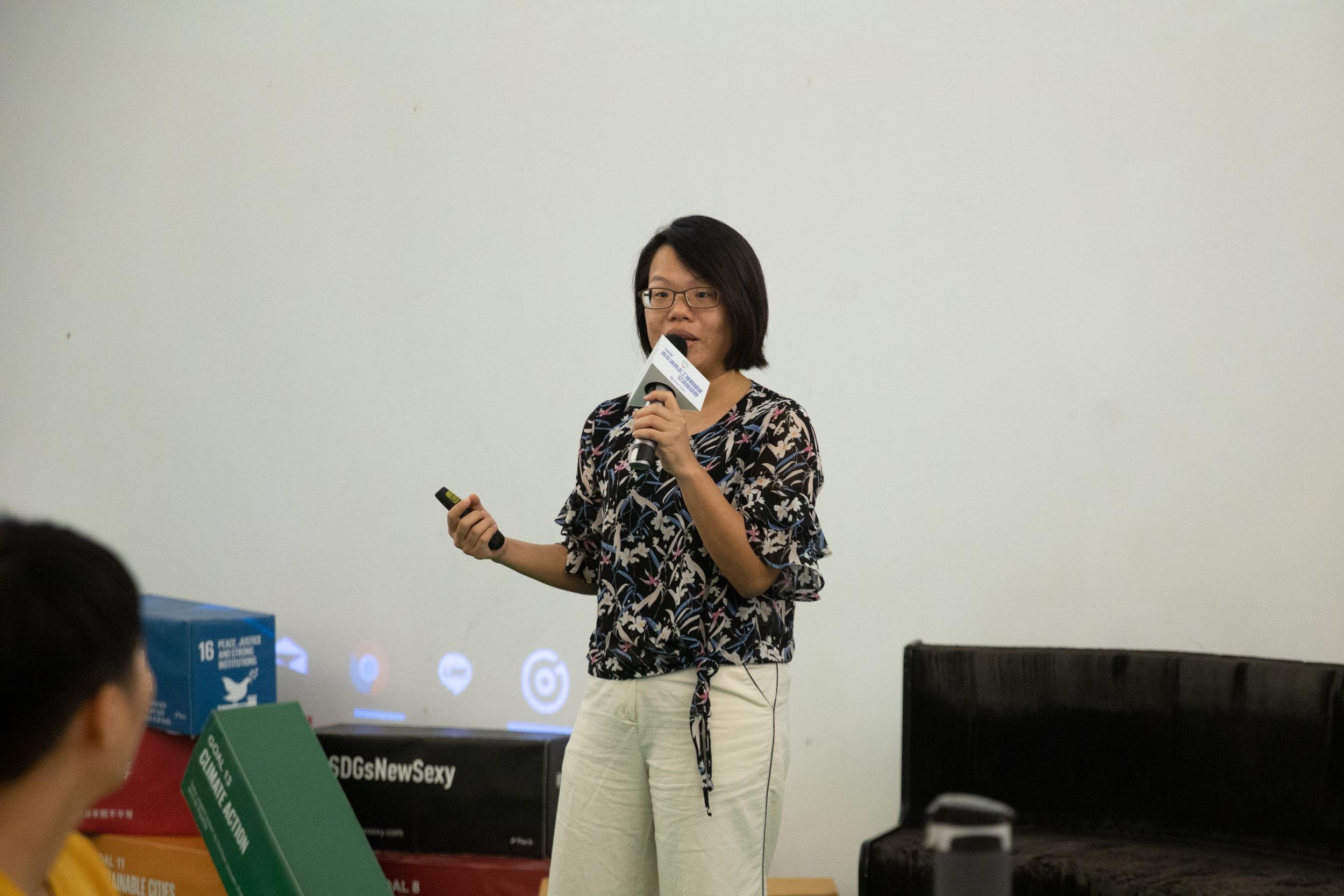 臺灣青年氣候聯盟理事長黃品涵鼓勵國際青年志工從事海外志願服務時,也能將氣候變遷議題納入規劃。